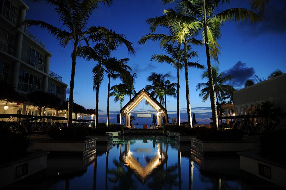 Islas Caimán, un paraíso en el Caribe de noche