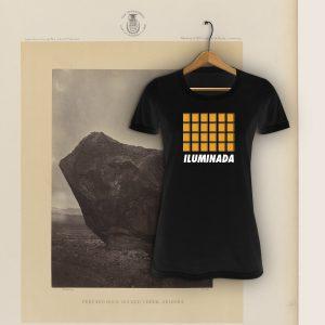 Camiseta con diseño exclusivo de Viejenials Illuminada